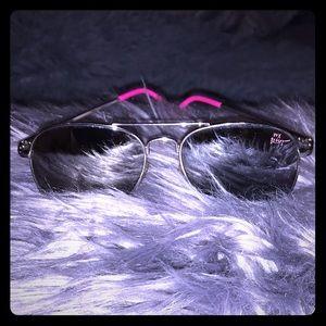 ☠️💕betsey johnson silver and pink aviators